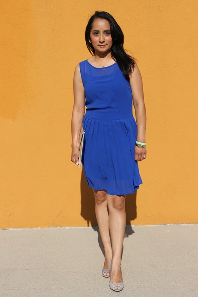 Blue dress forever 21 vs h&m