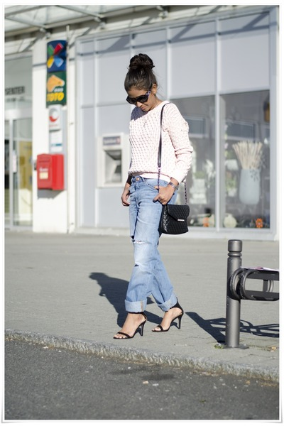 Bik Bok jeans - Bik Bok sweater - Mango bag - Ray Ban sunglasses - Zara sandals