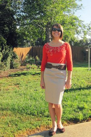 red Express sweater - dark brown pencil Gap skirt - beige thick ruffled Charlott