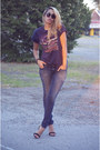 Navy-target-jeans-blue-thrifted-vintage-t-shirt-black-zara-heels