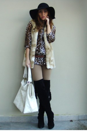 beige custom made vest - black custom made boots - black MeliMelo hat
