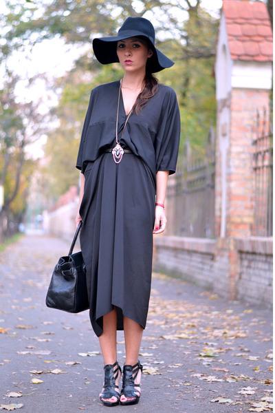 black Style Nanda dress