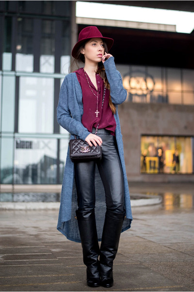 black Jessica Buurman boots - gray OASAP cardigan