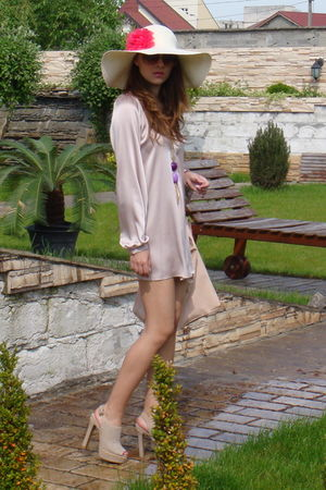 pink Zara dress - beige Mallanee shoes - beige Bershka hat