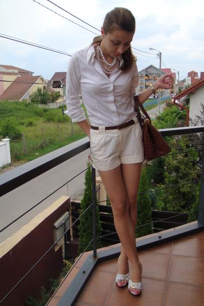 white DIY necklace - white random brand shoes - white random brand shirt