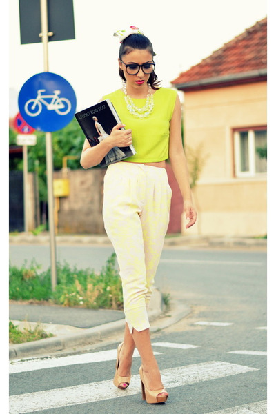 chartreuse custom made top - white Fray I D pants