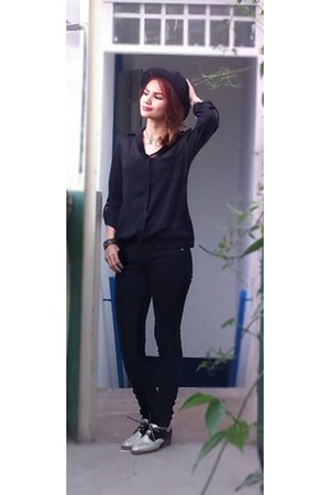 black skinny Forever 21 jeans - black hat