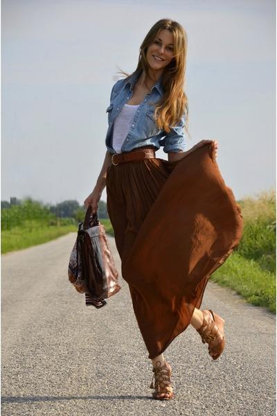 Denim H&M Shirts, Long Zara Skirts, Basic Tank Zara Tops ...