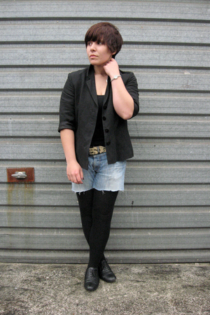 Alexon jacket - Zara vest - vintage belt - DIY Dickies shorts