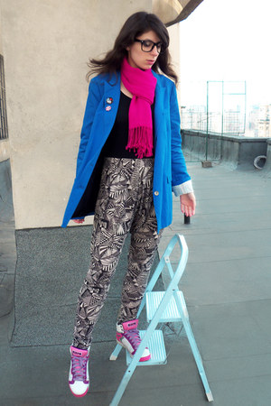 blue Zara blazer - heather gray Vero Moda pants - bubble gum Skechers sneakers