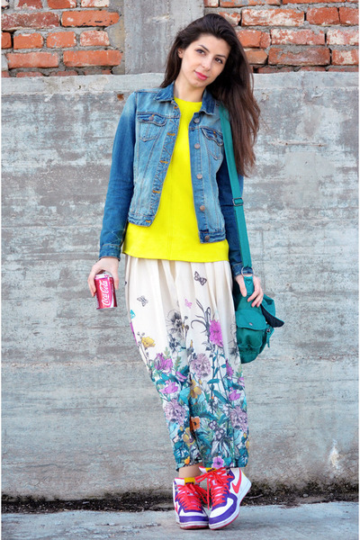 sky blue Zara jeans