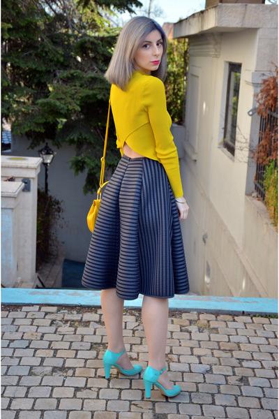 yellow hm blouse