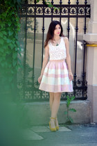 light pink Lashez skirt