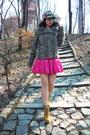 Beige-zara-coat-bubble-gum-only-skirt