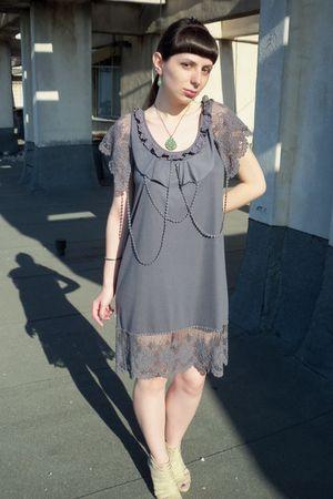 gray Yumy dress