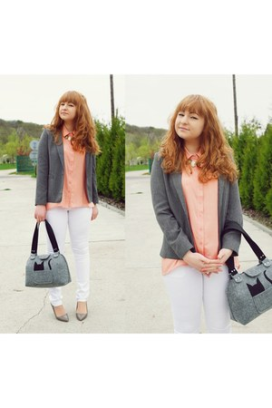gray blazer - black bag - gold necklace - heather gray heels