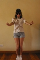 Express blouse - shorts - socks - accessories