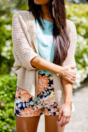 floral print shorts - light blue blouse - beige cardigan