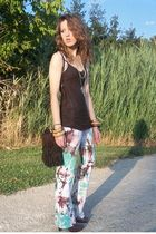 brown abercrombie and fitch top - white s nikki pants - brown Fioni shoes - brow