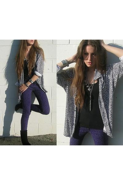 vintage shirt - Forever 21 shirt - Mandee pants - vintage boots - Forever 21 bra