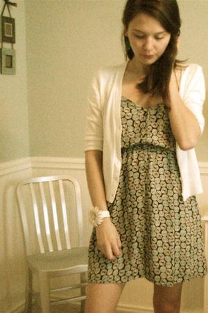 white Gap cardigan - ecote dress - white handmade bracelet - white - blue Fairy