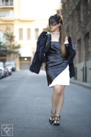 black Valentino heels - Blondie Nights dress