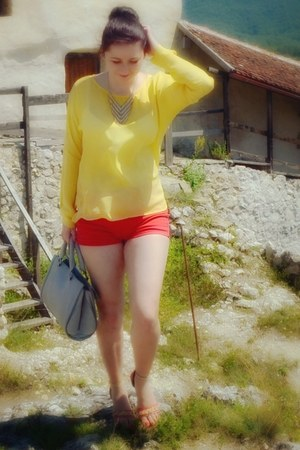 silver Zara bag - red Stradivarius shorts - yellow Zara blouse