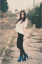 zara boots - kenvelo jeans - zara blouse - stradivarius necklace