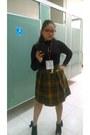 Mustard-thrifted-vintage-skirt-black-unknown-brand-blouse