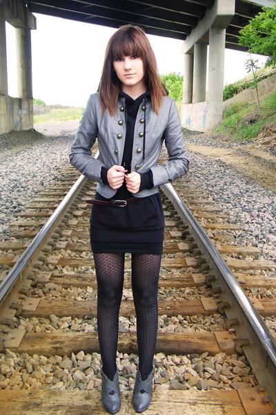 black Wet Seal dress - Forever 21 shoes - gray Forever 21 jacket