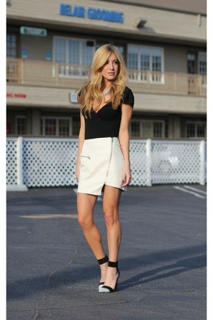 white Dailylook skirt - silver Jeffrey Campbell heels