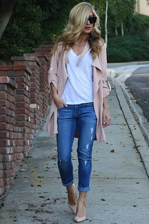 light pink daily look coat - black Celine sunglasses