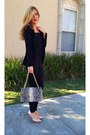 Black-forever-21-leggings-beige-chanel-bag-tan-shoedazzle-heels