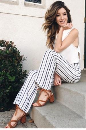 white Karen Kane pants