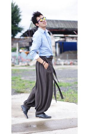 Zara shirt - zeroUV sunglasses - japanese cut Sakolowski pants