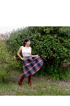 blue unknown brand skirt - beige H&M top - red unknown brand boots