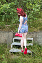 blue cutout Forever21 romper - ruby red shiny clutch thrifted purse