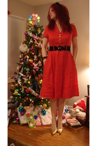 red Vintage from Model Citizens dress - gold Sirens shoes - black Forever 21 bel