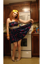 dress - belt - thrifted accessories - Sirens shoes - winners shoes