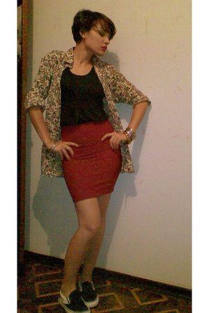 black shoes - red coat - black t-shirt - beige blouse - gold bracelet