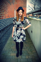 black floral Dahlia dress - black pointy Primark shoes