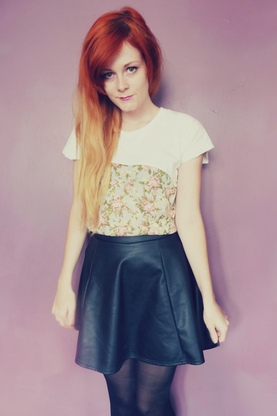 white floral OASAP t-shirt - black pleather River Island skirt