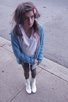 blue wool oversized sweater - pink cardigan Suzi sweater - white booties boots