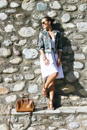 army green army jacket - white white dress dress - tawny Stradivarius bag