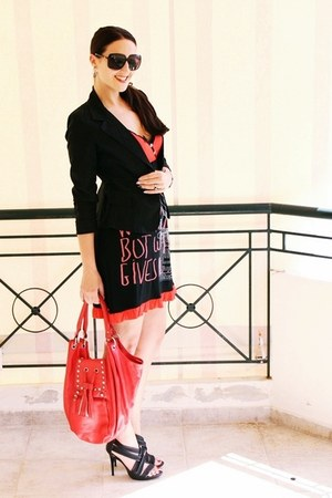 black blazer - red printed dress - black strappy Gucci sunglasses