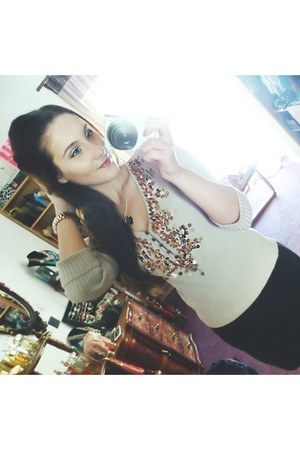 beige sequined blouse - peach Michael Kors watch