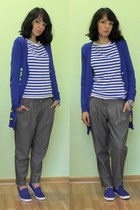 blue 3 suisses top - blue Kari flats - heather gray 3 suisses pants