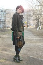 black silk Incity skirt - army green wool Bershka jacket