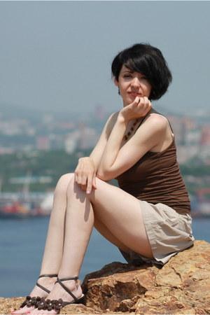 beige skirt - shorts  shorts - dark brown knitted Northland top