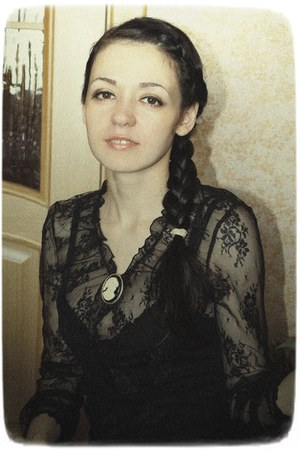 black lace  blouse - black elastic Incity dress